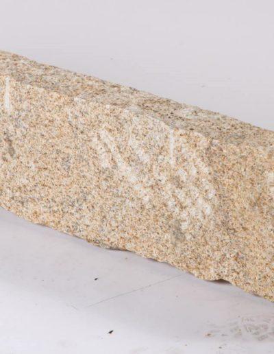 Granit Gelb Bordstein