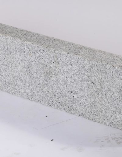 Granit Hellgrau Bordstein